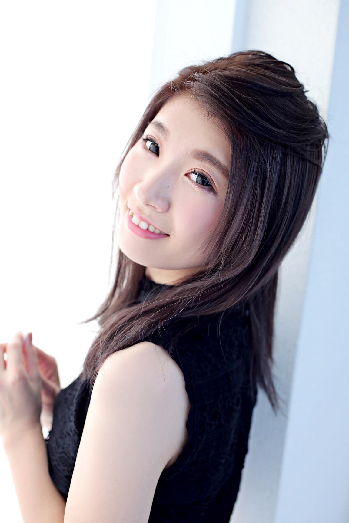 akane_mizuha_s_t_01